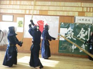 八段の磯先生、吉澤先生が元立ちでの激しい稽古!