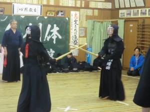 中学生は大人顔負けの素晴らしい試合を行いました(^^)!