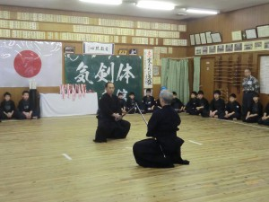 大会を記念し、石田先生と佐野先生による日本剣道形演武を披露いただきました!