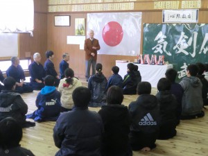 来賓の磯貞彦教士八段のご祝辞